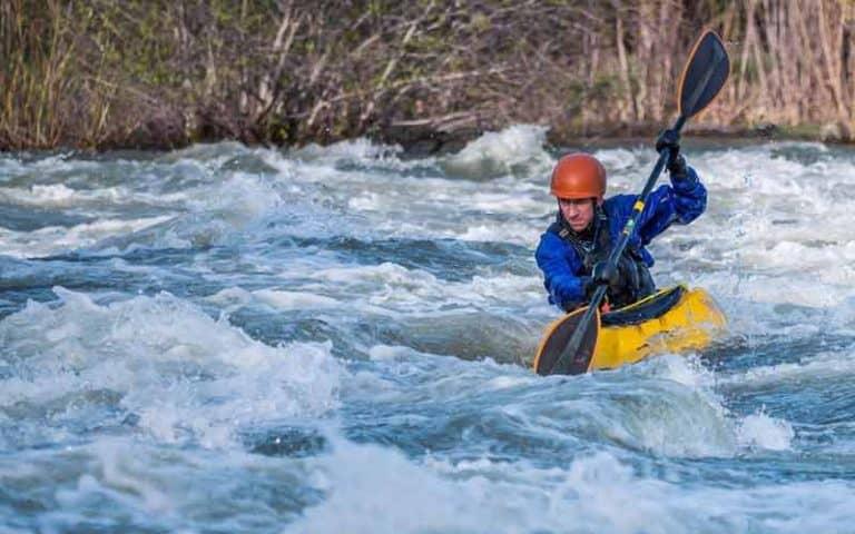 How Do I Choose A Kayak Seat?